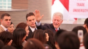 Former US President Bill Clinton meets Foreign Trade University's students