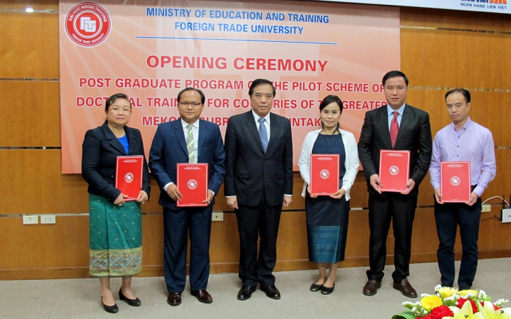 The opening ceremony of Post Graduate Program on the pilot   scheme of doctoral training for countries of the greater Mekong subregion (1st Intake)