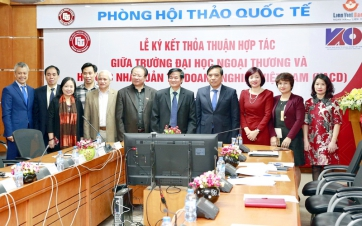 The Signing Ceremony of Cooperation Agreement between Foreign Trade University and Vietnam Association of Corporate Directors