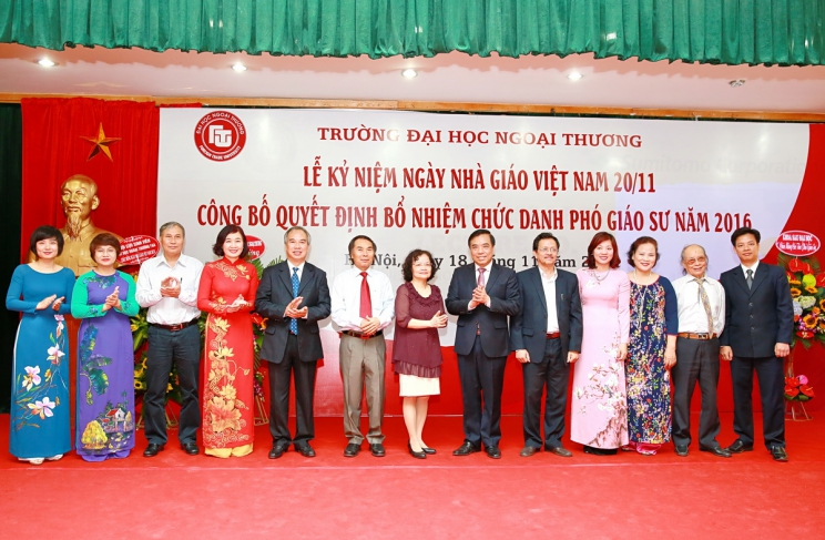 Celebrate Vietnamese Teacher's Day - November 20th and the decision announced for appointment of Associate Professor in 2016